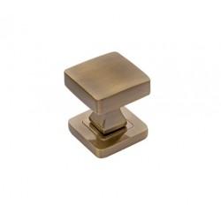 square knob, patina